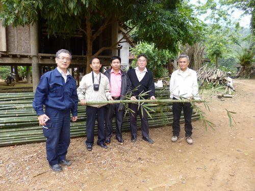 慈竹の視察にベトナムを訪問